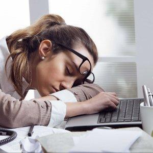 Нарколепсия — причины, симптомы, лечение